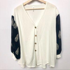 LIKE NEW Button-Up Chiffon Sleeve Blouse